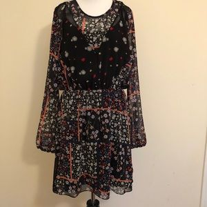 BCBGeneratiom Black Floral Long Sleeve Dress